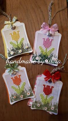 Stitching On Paper, Cross Stitching, Cross Stitch Embroidery, Cross Stitch Patterns, Mini Cross Stitch, Cross Stitch Cards, Embroidery Cards, Cross Crafts, Marianne Design