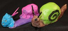 Een slak van klei. Projects, Crafts, Models, Play Dough, Snails, Snail, Insects, Log Projects, Crafting