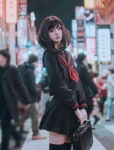 Female Pose Reference, Pose Reference Photo, Japonese Girl, Anime Cosplay Girls, Photographie Portrait Inspiration, Modelos Fashion, Beautiful Japanese Girl, Figure Poses, Cute Cosplay