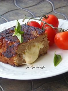 Food for thought: Ρολό Κιμά Γεμιστό με Μετσοβόνε Meatloaf, Salads, Food And Drink, Beef, Snacks, Dishes, Cooking, Breakfast, Recipes