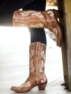 Corral Boots Honey Cortez R1974 at RiverTrail in North Carolina. #corralboots #r1974