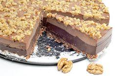 tort de ciocolata cu nuca Vegan Cheesecake, Raw Vegan Recipes, Tiramisu, Veggies, Avocado, Ethnic Recipes, Desserts, Food, Thermomix
