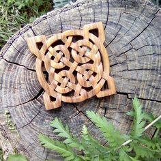 Wood Celtic knot