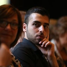 Syrian refugee Farouk Alasas attends roundtable conference on housing market/ integration