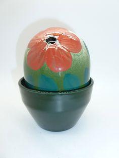 Arabia, Finland, designed by Heljä Liukko-Sundström - Everlasting Flower lidded trinket pot