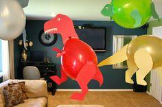 Oi amores!!!     Ontem eu fiz uns moldes de dinossauros para o blog da maninha, Dicas pra Mamãe , e resolvi compartilhar aqui com vocês tam...