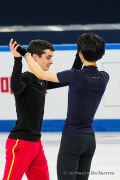 Javier Fernandez(Spain) and Yuzuru Hanyu(JAPAN) : ISU Grand Prix of Figure Skating Final 2012