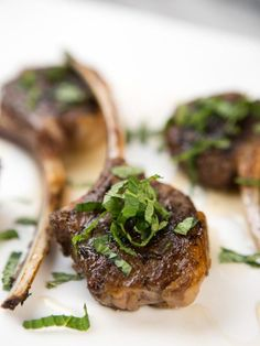 Get Grilled Lollipop Lamb Chops Recipe from Tia Mowry Cooking Channel Lamb Chop Recipes, Easy Meat Recipes, Grilling Recipes, Barbecue Recipes, Healthy Recipes, Christmas Ham Dinner, Christmas Main Dishes, Christmas Holidays, Winter Wonderland Christmas