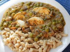 Risotto, Ethnic Recipes, Food, Mushrooms, Red Peppers, Essen, Meals, Yemek, Eten