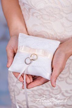 Ringkissen - Ringkissen Schleife Spitze Hochzeit PRE 16 - ein Designerstück von Perle-Wismer bei DaWanda