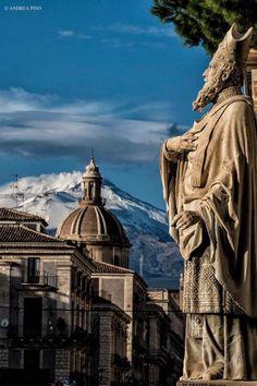 CATANIA: il barocco alle pendici dell'Etna. -