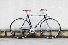 26inch city bike with suspension fork black city bikes retro bicycles nice model city bikes