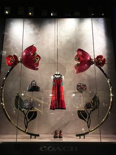 Mizhattan - Sensible living with style: *SUNDAY WINDOW SHOPPING* Coach (May '16)