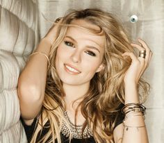 Dis411 Bridgit Mendler Hosting 101.9 Radio Now Rising Stars Show In Memphis June 15, 2013