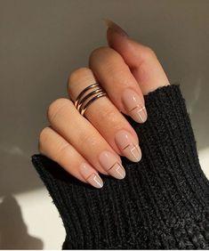 Simple Acrylic Nails, Best Acrylic Nails, Simple Nails, Classy Gel Nails, Simple Elegant Nails, Classy Almond Nails, Rounded Acrylic Nails, Classy Nail Art, Almond Nail Art