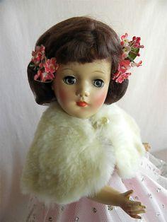 PRETTY Crispy Fresh Mary Hoyer Doll in Tagged Ball Gown. | eBay