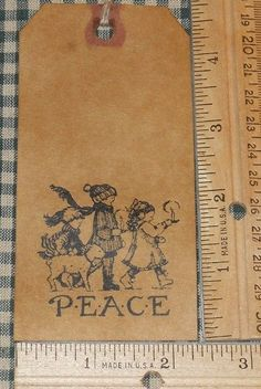 10 LARGE ~ PEACE W/ CHILDREN CHRISTMAS THEME ~ PRIMITIVE GIFT HANG TAGS LOT #34
