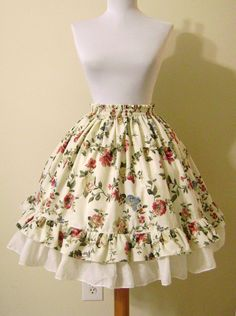 EGL is a Delicacy - Basic Full Elastic Waistband Loli Skirt Tutorial Style Lolita, Lolita Mode, Clothing Patterns, Dress Patterns, Sewing Patterns, Sewing Tutorials, Skirt Fashion, Diy Fashion, Doll Style