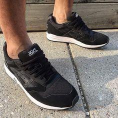 On feet for @jerrylegaspi #Winnipeg #Manitoba #YWG #204 #WpgsGotSole #WinnipegSneakerheads #wpgsnkrhds #igsneakercommunity #wdywt #Sneakerhead #kickstagram #kicksonfire #onfeet #CanadaGotSole #SoleExchangeCanada #GoodGuysDoingGoodThings #GGDGT http://ift.tt/1ODyy24