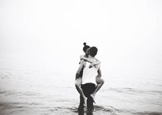 via weheartit Delcroix - Image de love, couple, and black and white This Is Love, All You Need Is Love, Reiki Meister, Young Love, Lovey Dovey, Love Couple, Camila, Hopeless Romantic, Love Life