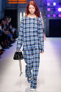 MSGM Spring 2016 Ready-to-Wear Collection Photos - Vogue