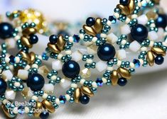 Tutorial - Odelia Bracelet You will receive the PDF file, step by step instruction how to make this bracelet. This beadweaving pattern is for intermediate beader with basic knowledge of beadweaving. But if youre a beginner and would like to try it, Im always happy to assist you if you have