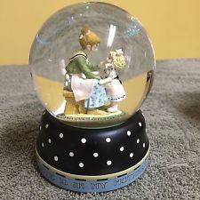 Rare Mary Engelbreit Snow Globe