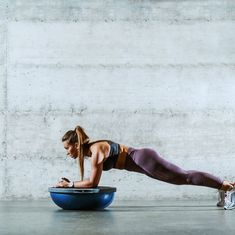 These 5 Bosu Exercises Will Challenge Every Major Muscle Group in Your Body bosu ball exercises Bosu Workout, Aerobic Exercises, Workout Men, Workout Ideas, Build Shoulders, Balance Trainer, Bosu Ball, Major Muscles, Glute Bridge
