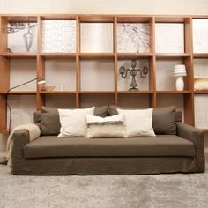 Sillon W Gris de Isabelle Didot, a la venta en decohunt! @ www.decohunt.com