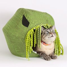 The Cat Ball Vs Cthulhu a Modern Bed for Steampunk Cats by TheCatBall. Because your cat needs a Cthulhu cat bed.