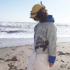 【on champion】 OMA overdrawing sweatshirt 62 〈satisfaction〉mutation length,undead, 神話時代の動物たち animals of the mythical period Gray L #softs#_OMA#overdrawing#champion#sweatshirt