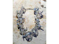 Serie: 10 Best (Single) Pieces at Munich Jewelry Week 2016 - Federica Sala, Unbearable Lightness, 2015, neckpiece, glass, cyanite, silver, blown glass, 200 x 200 x 70 mm, photo: Paulo Ribeiro