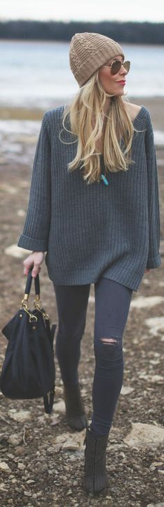 Oversized jumper, Love this w Gold accessories and a black beanie