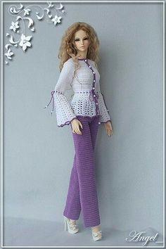 ๒คг๒เє t๏๔๏ tєןเ๔๏ Crochet Barbie Patterns, Crochet Doll Dress, Crochet Barbie Clothes, Doll Clothes Barbie, Barbie Dress, Doll Clothes Patterns, Clothing Patterns, Barbie Doll, Barbie Accessories