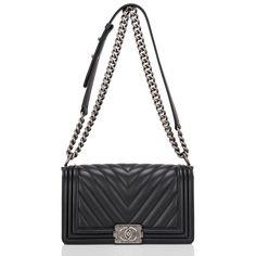 Chanel Boy Bag Black Chevron Medium Image 4