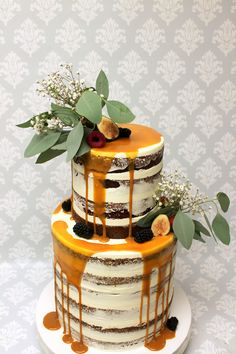 When you love caramel this much, it only makes sense to have it incorporated into your wedding cake! Cake Cookies, Cupcakes, Our Wedding, Wedding Ideas, Chocolate Buttercream, Drip Cakes, Custom Cakes, Amazing Cakes, Icing