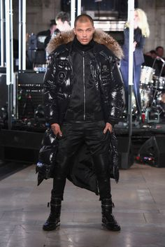 "Once he hit the runway, he posed like a natural in his all-black outfit. | Remember ""Felon Bae""? Well, He Just Walked In His First New York Fashion Week Show"