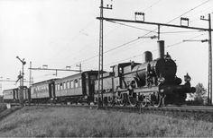laatste stroomtrein op de Hofpleinlijn ter hoogte van Leidschendam 17 november 1947