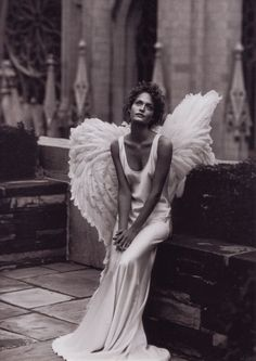 Harper's Bazaar; December 1993; Angels; Amber Valletta photographed by Peter Lindbergh