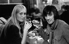George Best e le donne George Best Quotes, Susan George, Best Alcohol, Northern Irish, European Cup, Sports Memes, Miss World, One Team, Best Memories