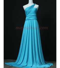 A piece of beautiful and elegant maxi dress. This floral print is darling, very eye catching and beautiful! This dress is unbiased towards all different body types. Beautiful Summer Dresses, Beautiful Gowns, Petite Dresses, Formal Dresses, Maxi Bridesmaid Dresses, Prom Dresses, Elegant Maxi Dress, Convertible Dress, Infinity Dress