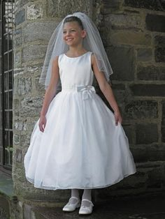 Simple Design Liite White Ball Gown For Girls