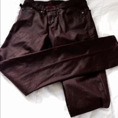 """SALE  Rock&Republic skinny jeans. HOT COLOR! These are NWOT, worn once, in perfect condition. 98% cotton 2% spandex, coated for a shimmery effect. Size 10. Inseam 31"""" waist 30"""". Hot Bordeaux color!! REASONABLE OFFERS WELCOME  Rock & Republic Jeans Skinny"""