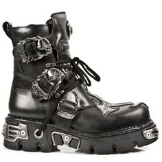 Black New Rock Short Boots with Silver Cross Detail & Skull Buckles. High Ankle Boots, Combat Boots, Botas Goth, Goth Boots, Women's Boots, New Rock Boots, Leather Boots, Black Leather, Steampunk Boots