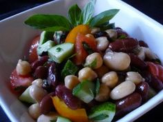 Mediterranean Mixed Bean Salad with Heirloom Tomatoes & Herbs - Farberware Cookware