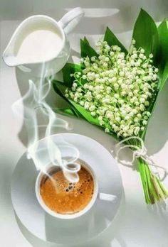 Good Morning Coffee Gif, Lovely Good Morning Images, Good Morning Flowers, Coffee Art, Coffee Time, After Effects, Tea Gif, Chocolate Cafe, Good Morning Motivation
