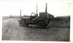 Hoi! Ik heb een geweldige listing gevonden op Etsy https://www.etsy.com/nl/listing/121908442/vintage-black-white-photo-army-jeep-1120