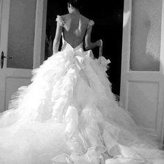 wedding dress fluffles