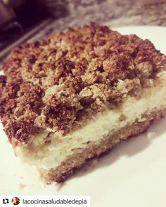 Torta de ricota fit-saludable Healthy Treats, Tiramisu, Vegan Recipes, Food And Drink, Ethnic Recipes, Gastronomia, Healthy Cake, Healthy Baking, Food Recipes