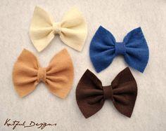 DIY felt bows, so cute!